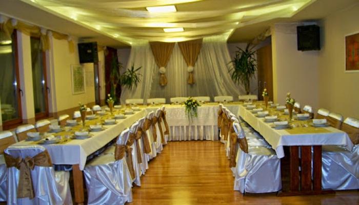 A terem esküvői díszben